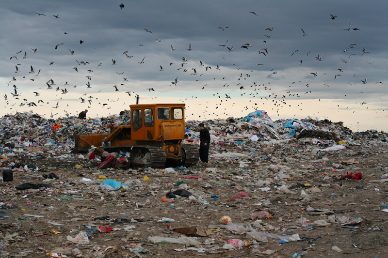 Landfill in Romania, which has one of the lowest recycling rates in Europe: 1%.<br />ROMANIA, Timisoara | 2008
